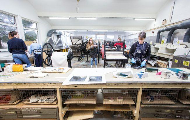 Linocutting photo etching